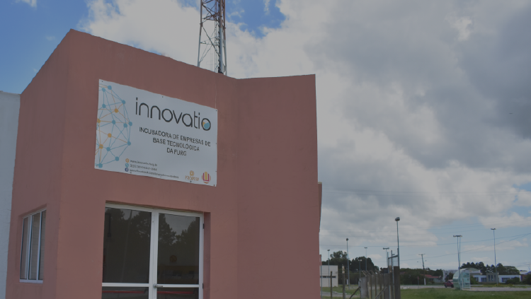 FURG's technology-based companies incubator, Innovatio, begins to operate.