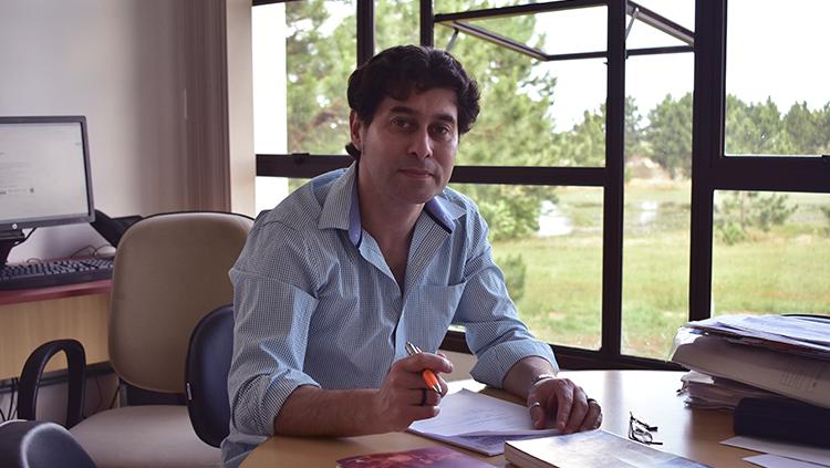 Daniel Porciúncula Prado - Universidade Federal do Rio Grande - FURG